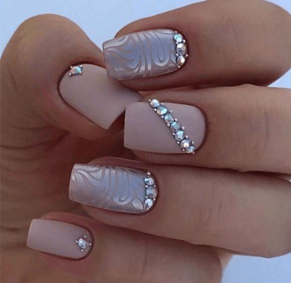 38 идей матового маникюра на короткие квадратные ногти 21