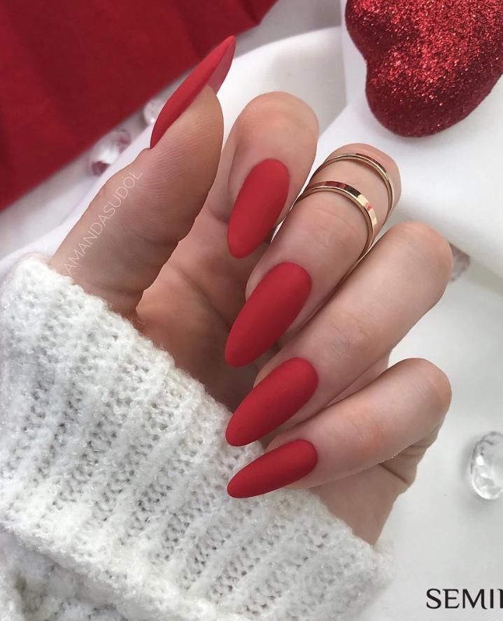Модные идеи дизайна на овальные ногти | 23