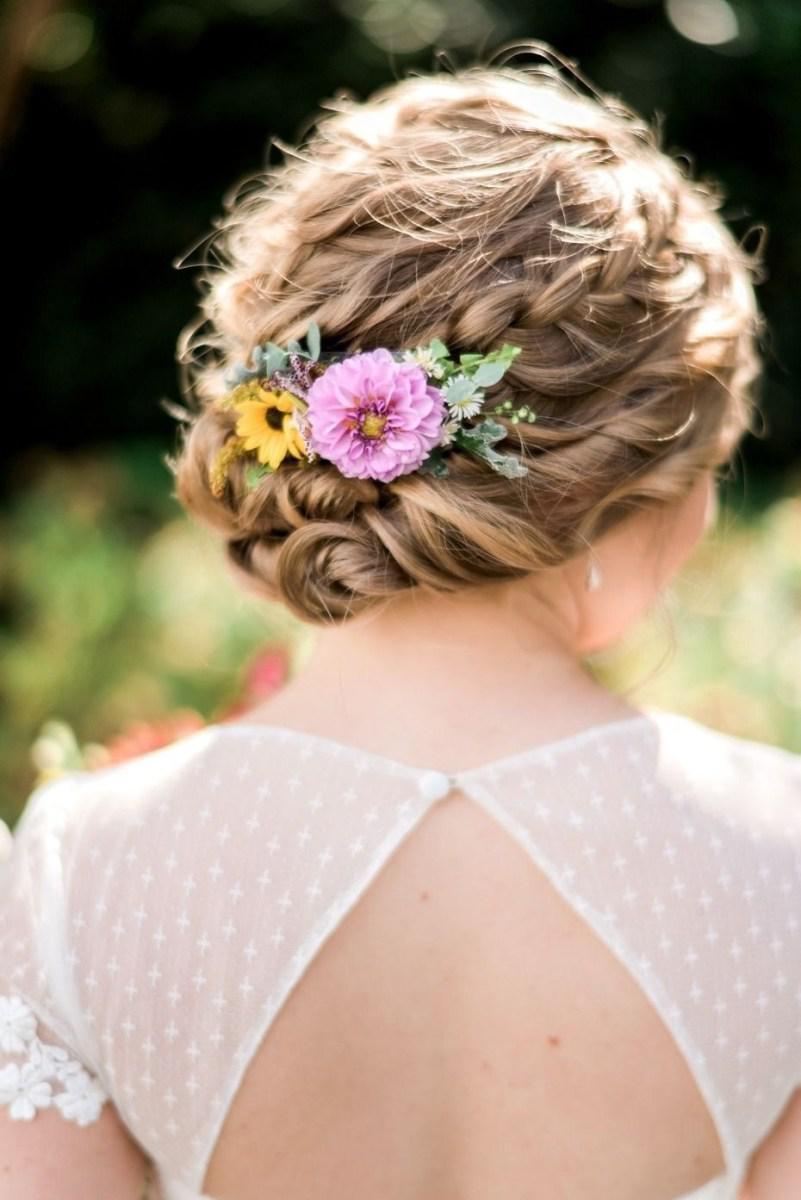 39 элегантных свадебных причесок   32
