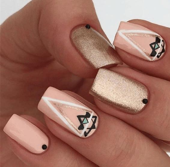 38 идей матового маникюра на короткие квадратные ногти 37
