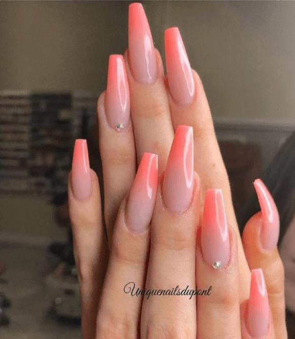 Невероятно красивые идеи летнего маникюра 2019 на ногти-пуанты | 1