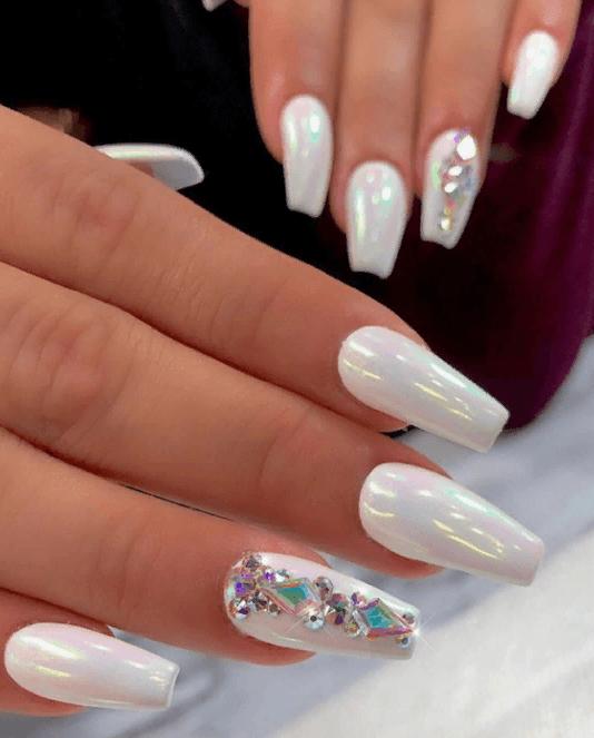 Невероятно красивые идеи летнего маникюра 2019 на ногти-пуанты | 13