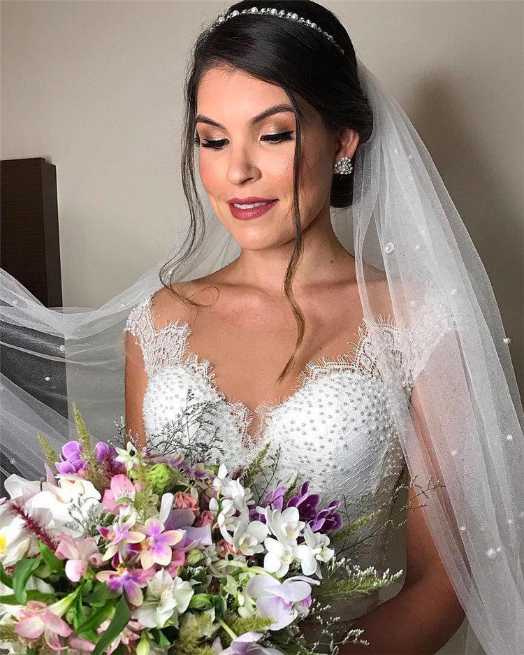 70+ свадебных причесок 2019 | 15
