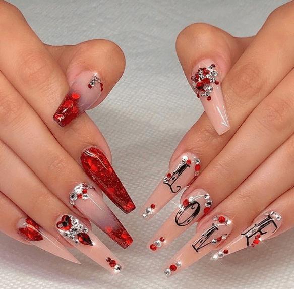 Невероятно красивые идеи летнего маникюра 2019 на ногти-пуанты | 15