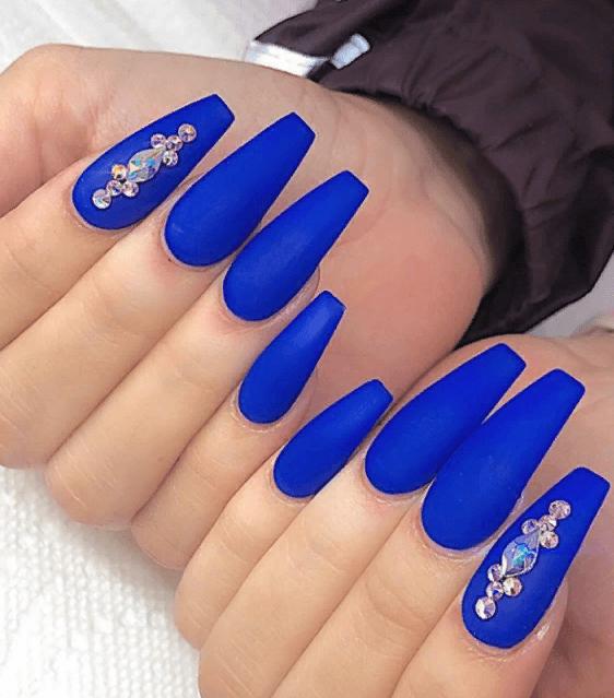 Невероятно красивые идеи летнего маникюра 2019 на ногти-пуанты | 22