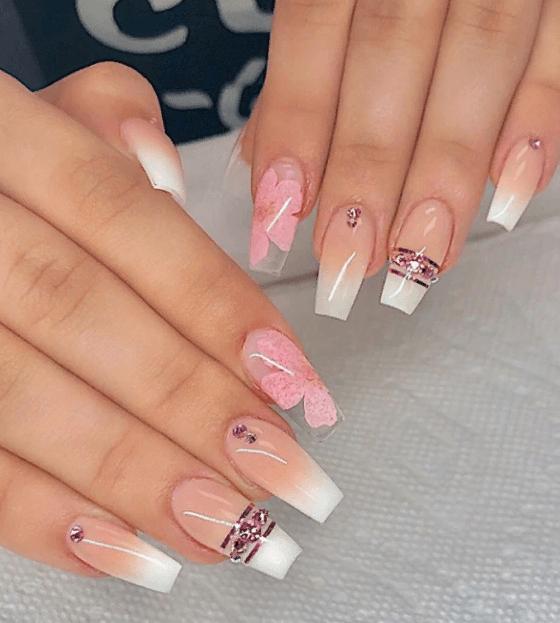 Невероятно красивые идеи летнего маникюра 2019 на ногти-пуанты | 27