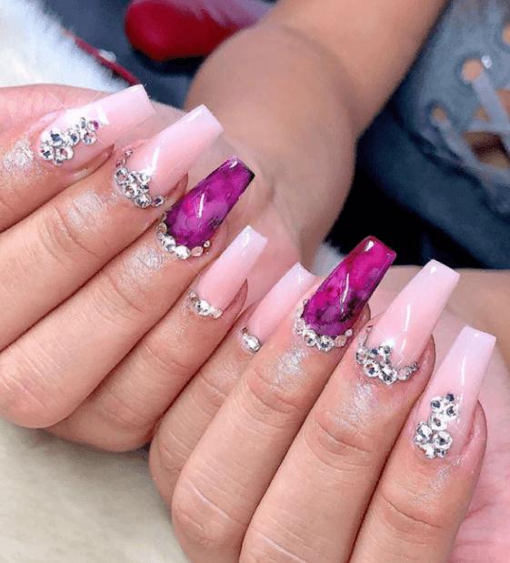Невероятно красивые идеи летнего маникюра 2019 на ногти-пуанты | 3