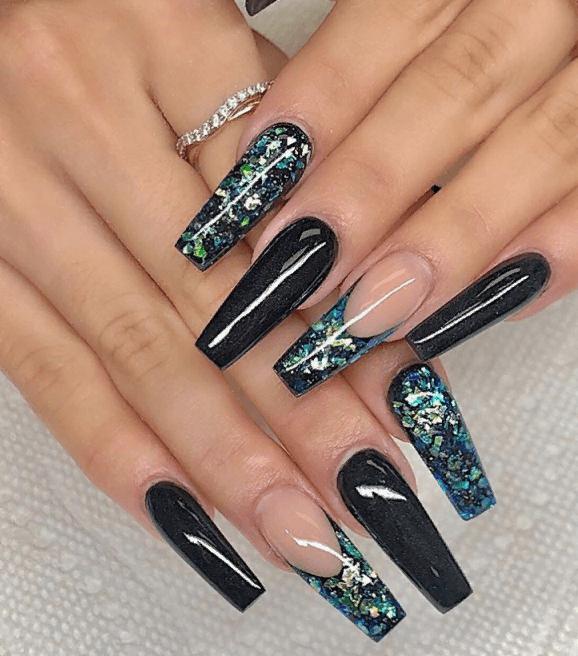 Невероятно красивые идеи летнего маникюра 2019 на ногти-пуанты | 31