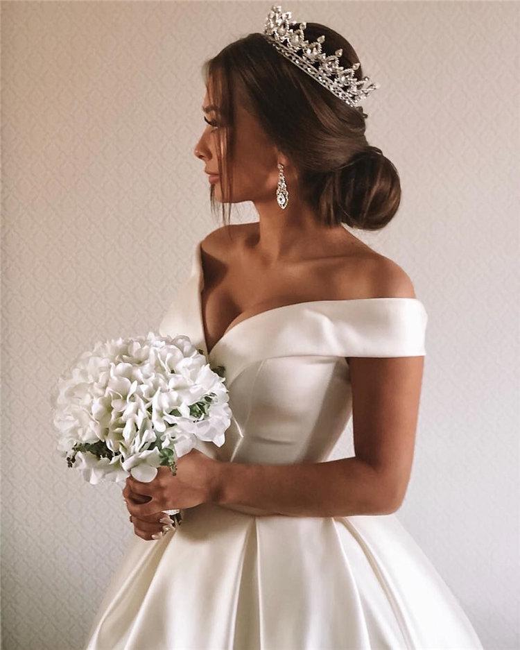 70+ свадебных причесок 2019 | 68