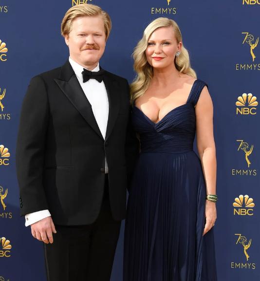 Звездные браки 2019. Звездные пары, которые решили пожениться в этом году image2