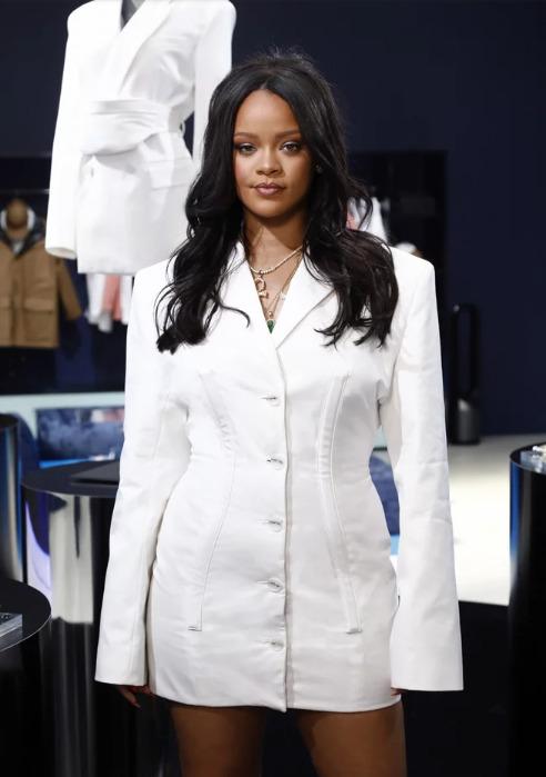 Рианна только что показала нам, как выглядит ее модная линия одежды Fenty image3