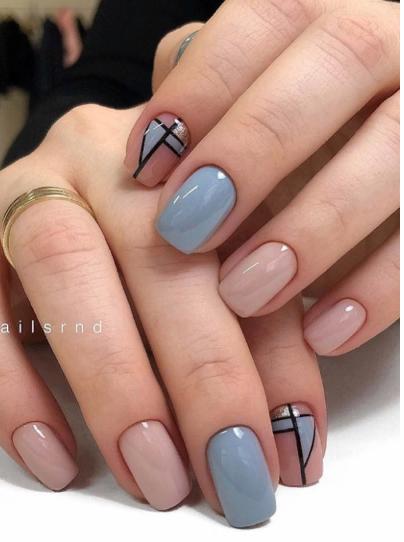 Летний дизайн маникюра на короткие квадратные ногти - image34