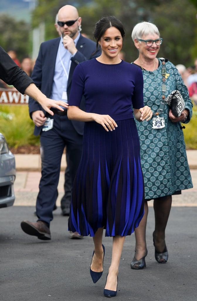 Почему Меган Маркл во время беременности предпочитала синий цвет? image5