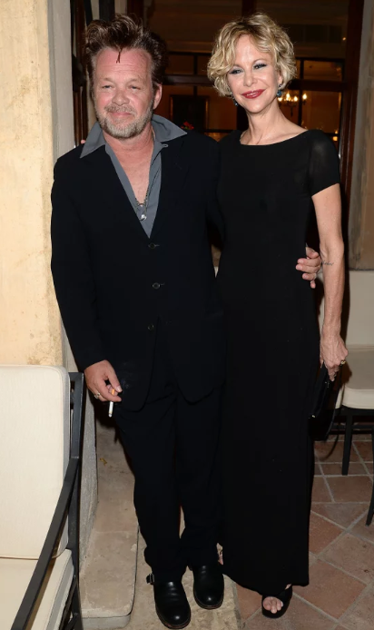 Звездные браки 2019. Звездные пары, которые решили пожениться в этом году image5