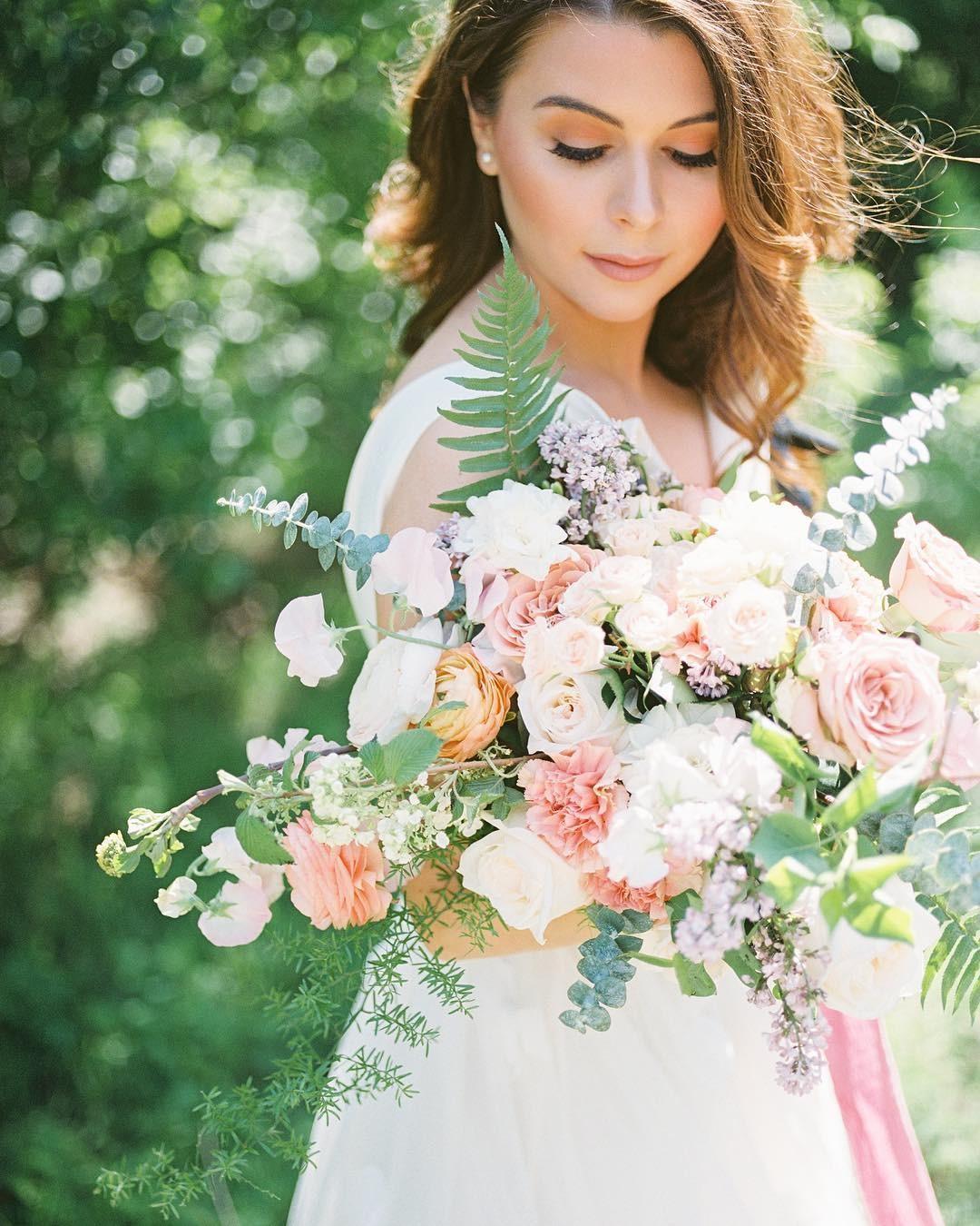 Свадебные букеты для самых красивых невест: модные тенденции 2019 | 16