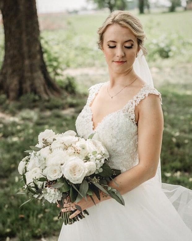 Свадебные букеты для самых красивых невест: модные тенденции 2019 | 22