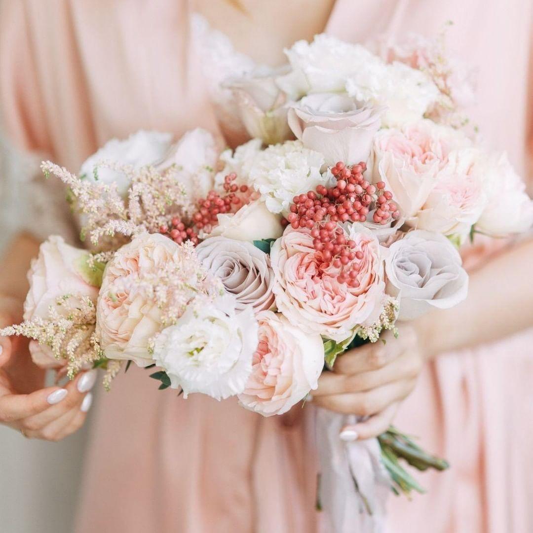 Свадебные букеты для самых красивых невест: модные тенденции 2019 | 25