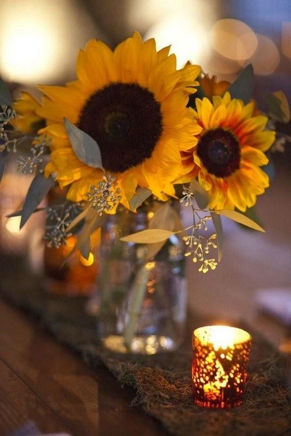 Свадебный декор из подсолнуха для самой солнечной свадьбы - image30