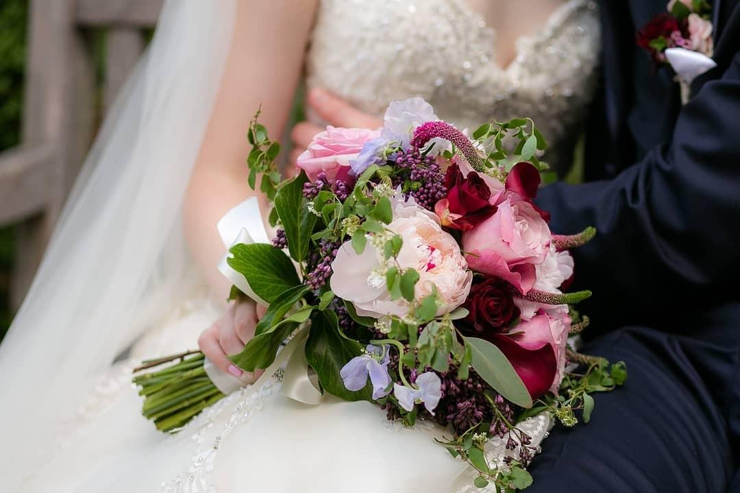 Свадебные букеты для самых красивых невест: модные тенденции 2019 | 33
