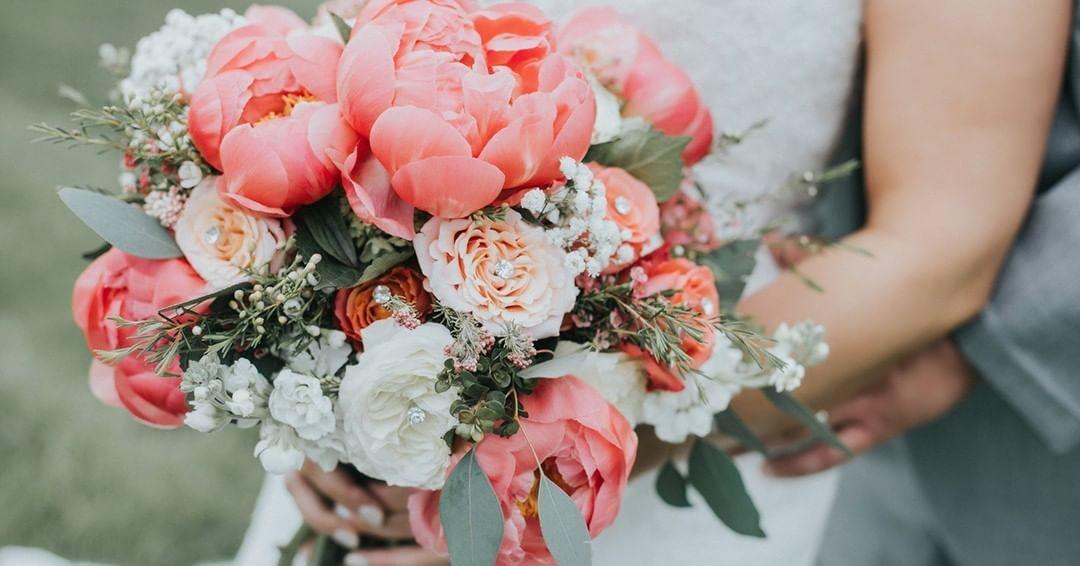 Свадебные букеты для самых красивых невест: модные тенденции 2019 | 38
