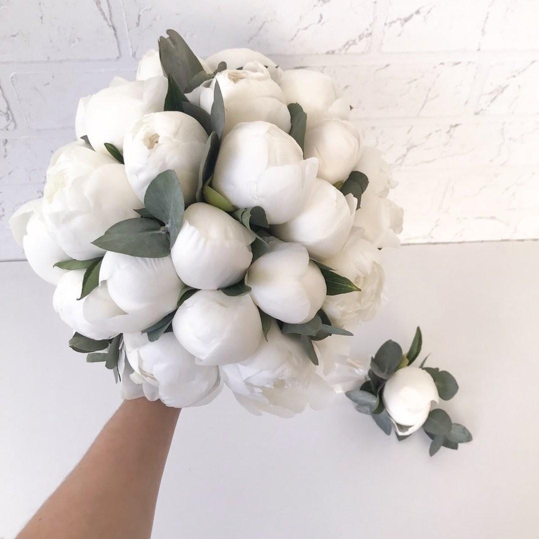 Свадебные букеты для самых красивых невест: модные тенденции 2019 | 40