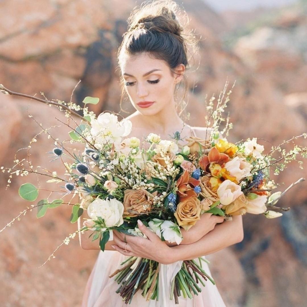 Свадебные букеты для самых красивых невест: модные тенденции 2019 | 42