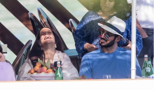 Рианна и Хассан Джамиль, её бойфренд, наслаждаются отдыхом в Италии | 6