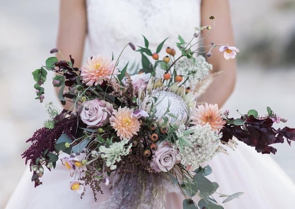 Свадебные букеты для самых красивых невест: модные тенденции 2019 | 8